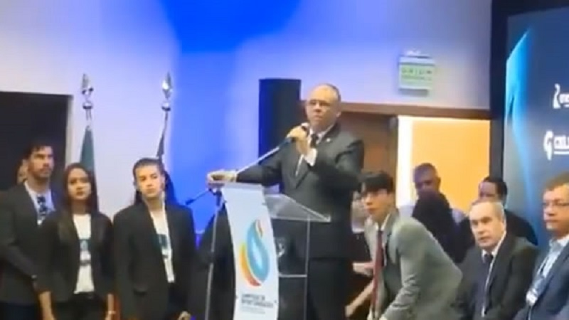 empresario se mata em evento com governador e ministro video